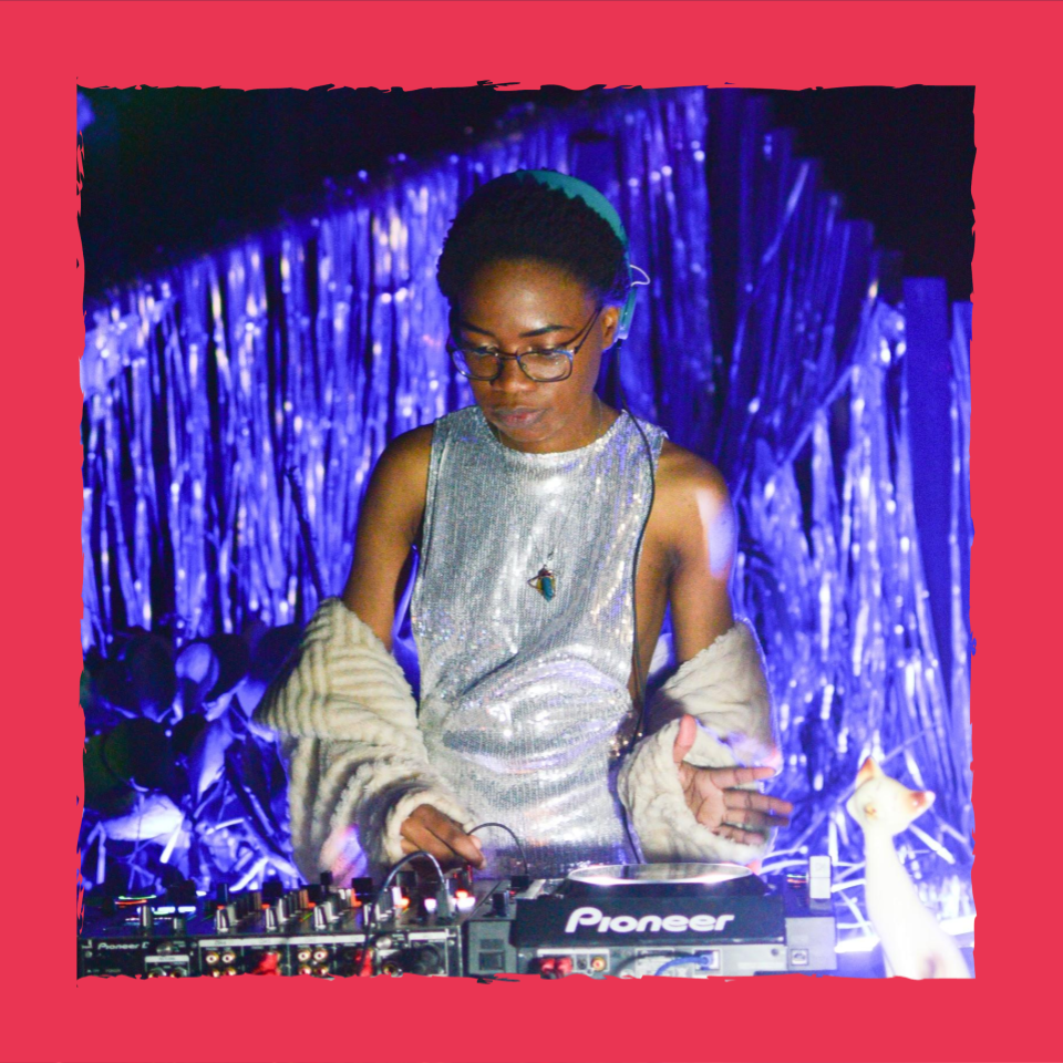 DORMANTYOUTH in a silver dress djing